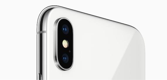 Apple fixes iPhone camera autofocusing bug