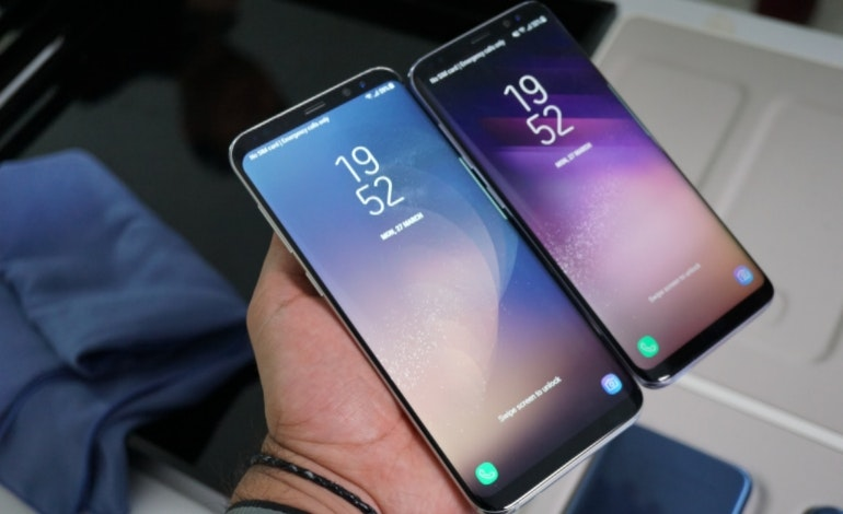 Samsung Galaxy S8 and S8 Plus angled