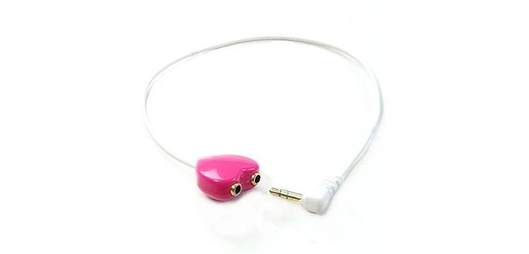 heart-shaped earphone splitter
