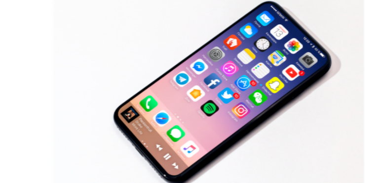 iPhone 8 geskin render angled hero