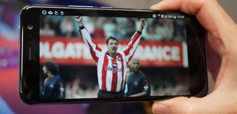HTC U11 Matt Le Tiss screen hero size