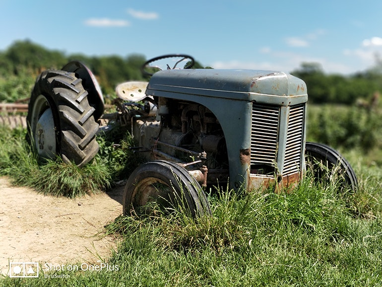 OnePlus 5 portrait mode tractor