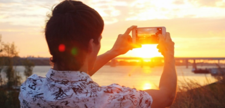 Smartphone photo in sunlight