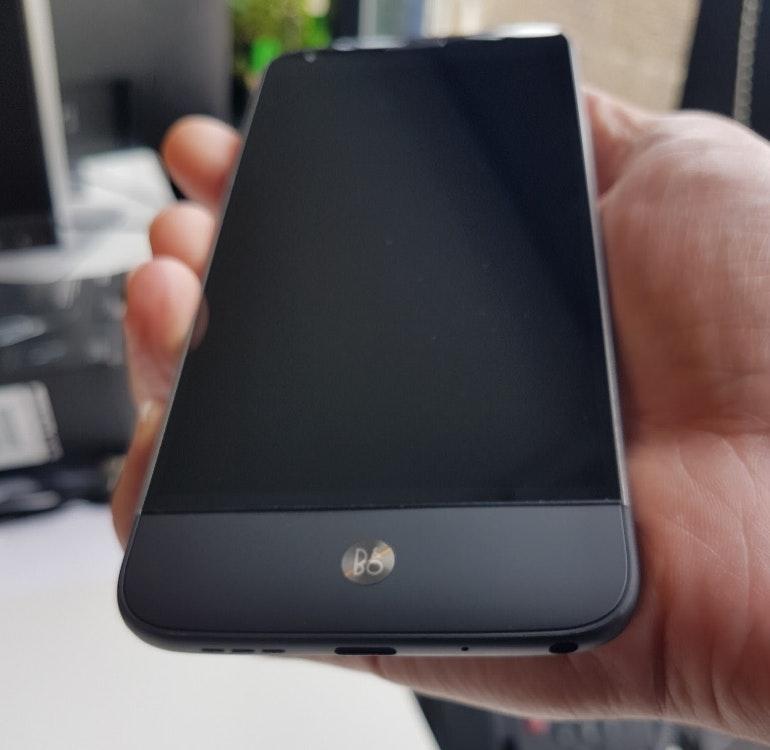 LG G5 B&O Plus inserted