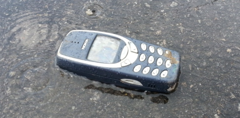Nokia 3310 waterproof
