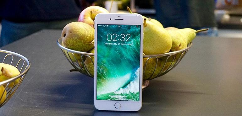iPhone 7 Plus fruit