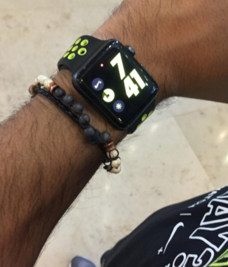 Nike Watch on hand Ru