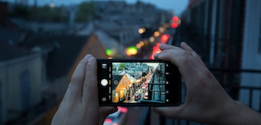 Four tips for better smartphone photography in low-light conditions