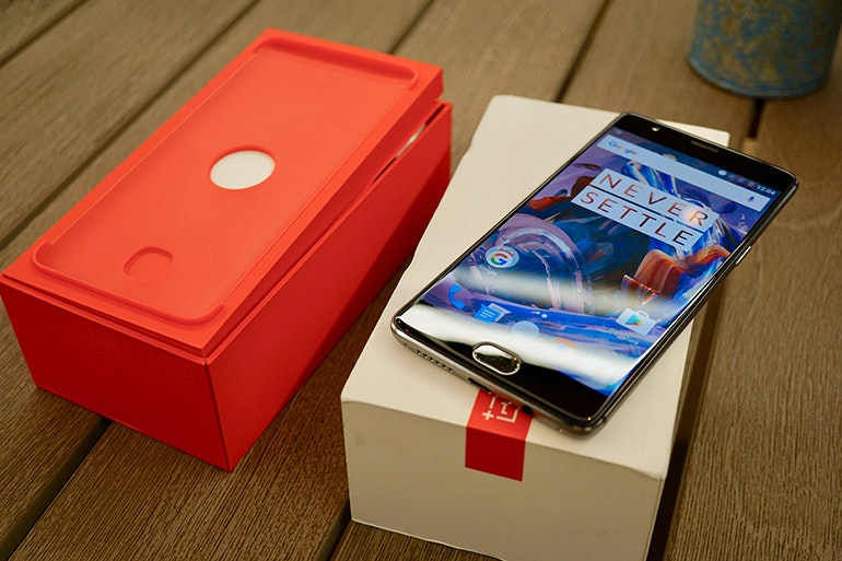 oneplus 3 first impressions box