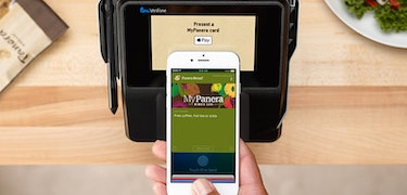 Apple Pay Cash to launch late-October